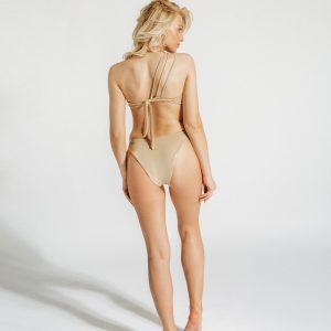 Ana bikini